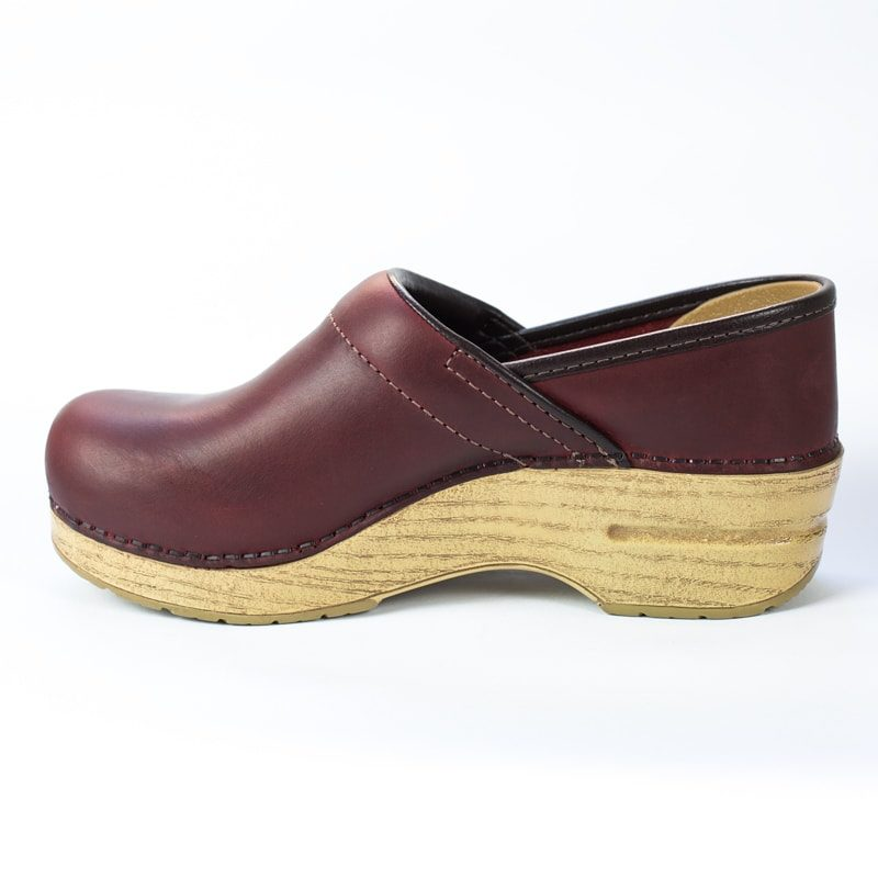dansko-red-oiled-2-1-min