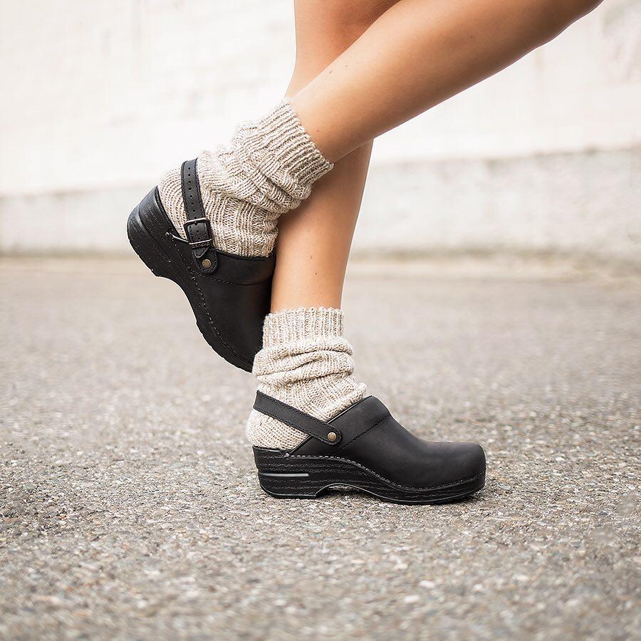Dansko zoccolo aperto con calze